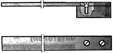 Рис. 2. Линейка на тисках