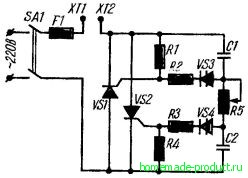 Рис. 3. Принципиальная электрическая схема тиристорного регулятора напряжения